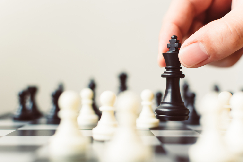 Chess Grandmasters Make the Best Traders: Improve Your Trading Skills Through Chess Tactics